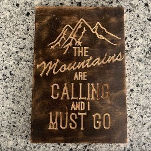 🌿3/$15 homemade mountains are calling sign wall